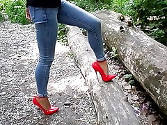 Extreme heels and jeans, my sexy legs,walk in the forest