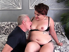 Yam-sized Teenie Raven XXX Pleasures Older Dude